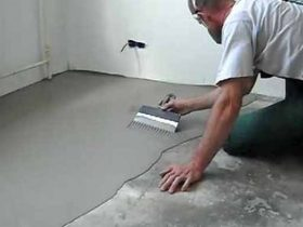 Leveling the floor under the laminate