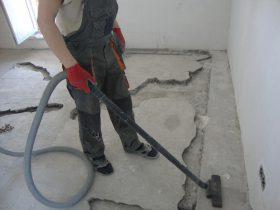 Semi-dry screed on concrete block