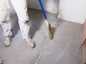 Lighthouses for cement screed