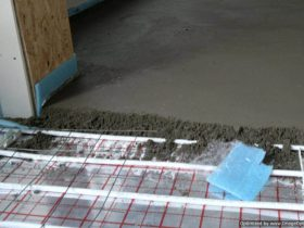 Screed floor heating