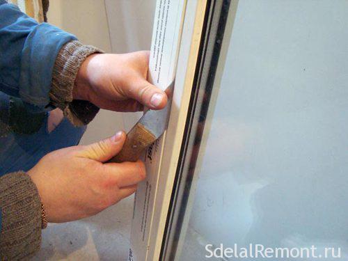 Установка пластиковой двери своими руками