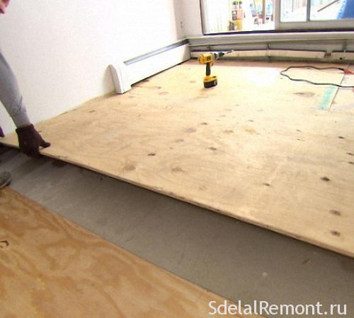 Как положить фанеру на бетонный пол