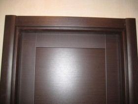 Установка наличников на двери