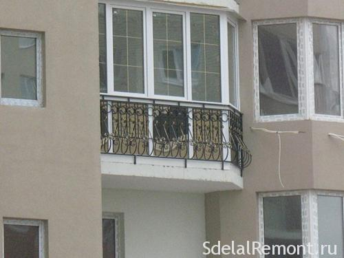 Остекление балконов: французский балкон