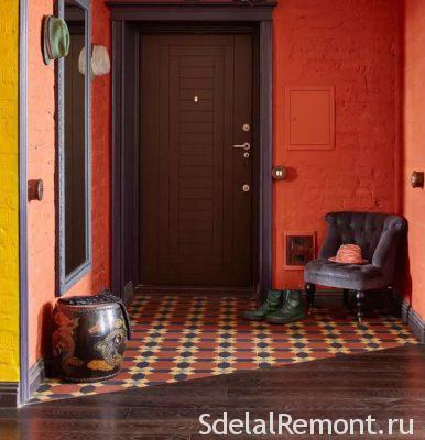 Плитка біля вхідних дверей фото
