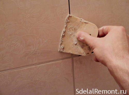 затирка швів при укладанні плитки