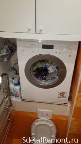 Установка стиральной машины над унитазом