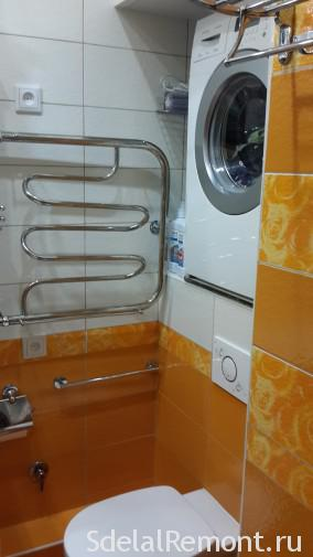 установка стиральной машины над унитазом 2