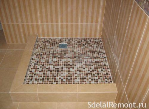 laying mosaic tiles