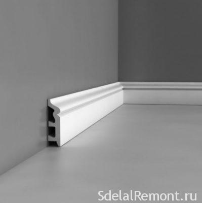 Поліуретановий підлоговий плінтус
