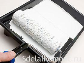 Как правильно красить валиком потолок и стены