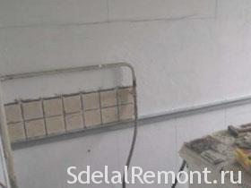 Как положить плитку в ванной на пол и стены правильно, видео