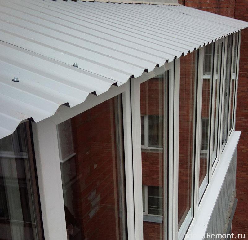 Монтаж крыши на балкон последнего этажа.