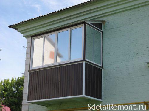 Застеклить балкон с крышей