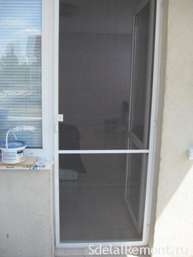 Установка москитной сетки на дверь своими руками