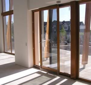 Гготовые балконные двери ПВХ