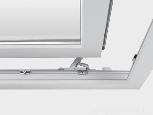 Балконный блок с раздвижной дверью