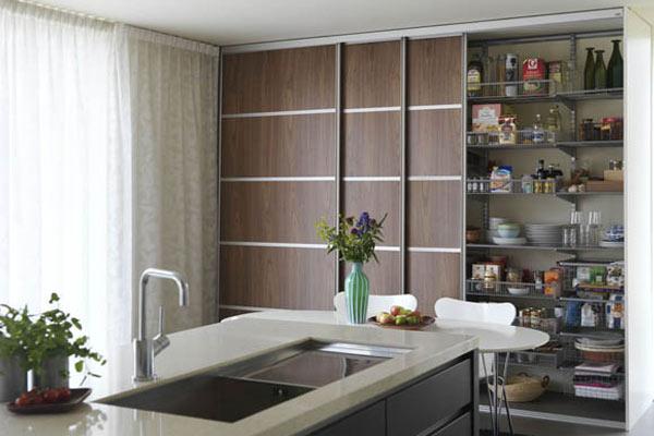 кухня с шкаф купе