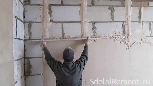 Как правильно штукатурить стену из пеноблоков цементным раствором пластификатор песчано цементный раствор