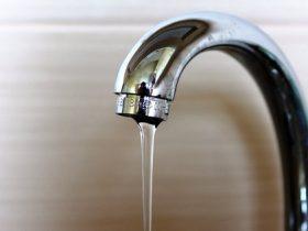 Маленький напор воды в кране что делать