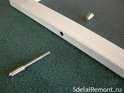Зняти москітну сітку з пластикового вікна